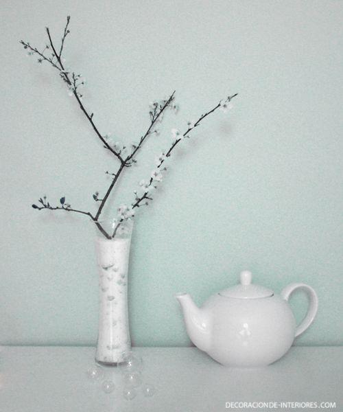Estilo n rdico y japon s con flores en rama decoraci n for Decoracion con plantas de interior