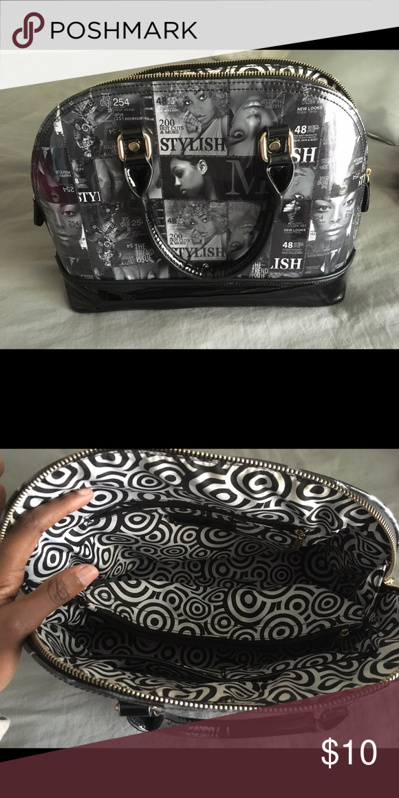 Black and white purse Comes with a strap, still new Bags