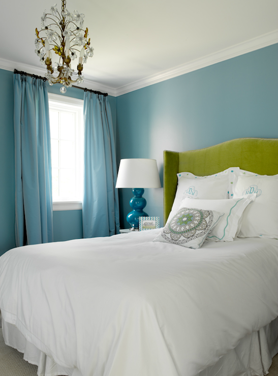 Suzie  Graciela Rutkowski Interiors   Stunning green   blue bedroom   bold  blue walls paint       For the Home   Pinterest   Turquoise  Blue gr. Love the walls  Suzie  Graciela Rutkowski Interiors   Stunning