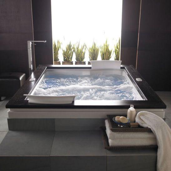 Fuzion dual Whirpool Bathtub