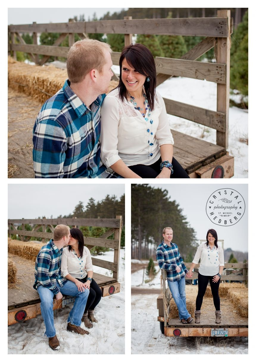 Hansen Tree Farm engagement, winter engagement, Christmas tree farm engagement, www.crystalhedbergphotography.com