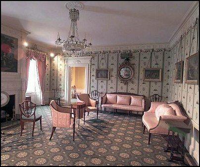 Victorian Parlor Sitting Room Vintage Theme Boudoir Bedrooms