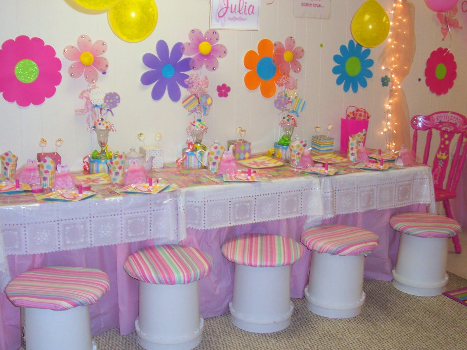Glow In The Dark Party Pittsburgh Girls Birthday Party S Cumpleanos Infantiles Decoracion Decoracion Fiesta Cumpleanos Fiesta De Cumpleanos Infantil