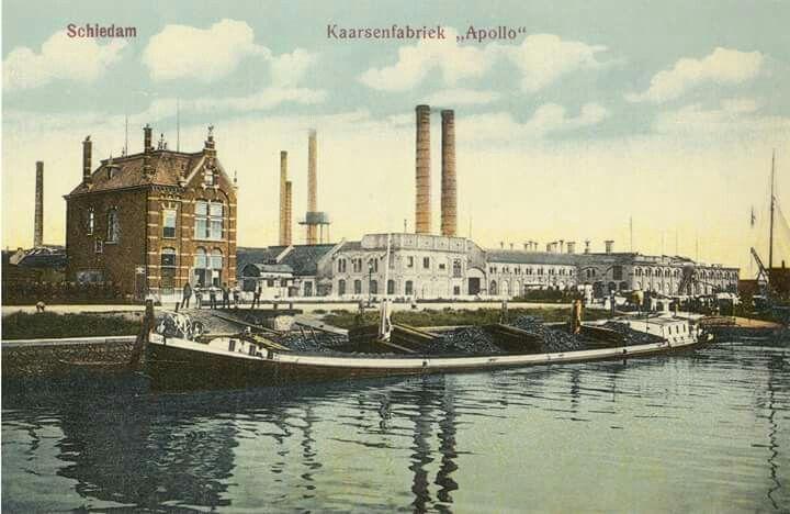 De Apollo kaarsenfabriek, opgericht in 1870 verplaatst naar Gouda in 1929. Foto uit 1890