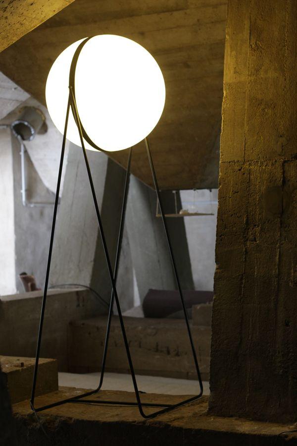 DjurovicVia By Stevan BehanceIluminación Luna Lamp xerWQBdCo