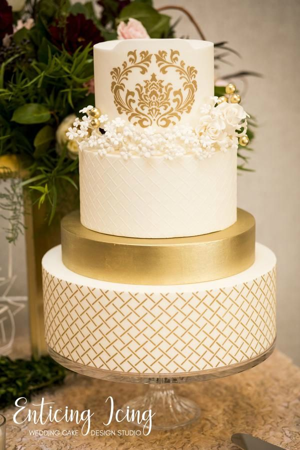 4 tier wedding cake • simple elegant romantic • luxious gold and ...