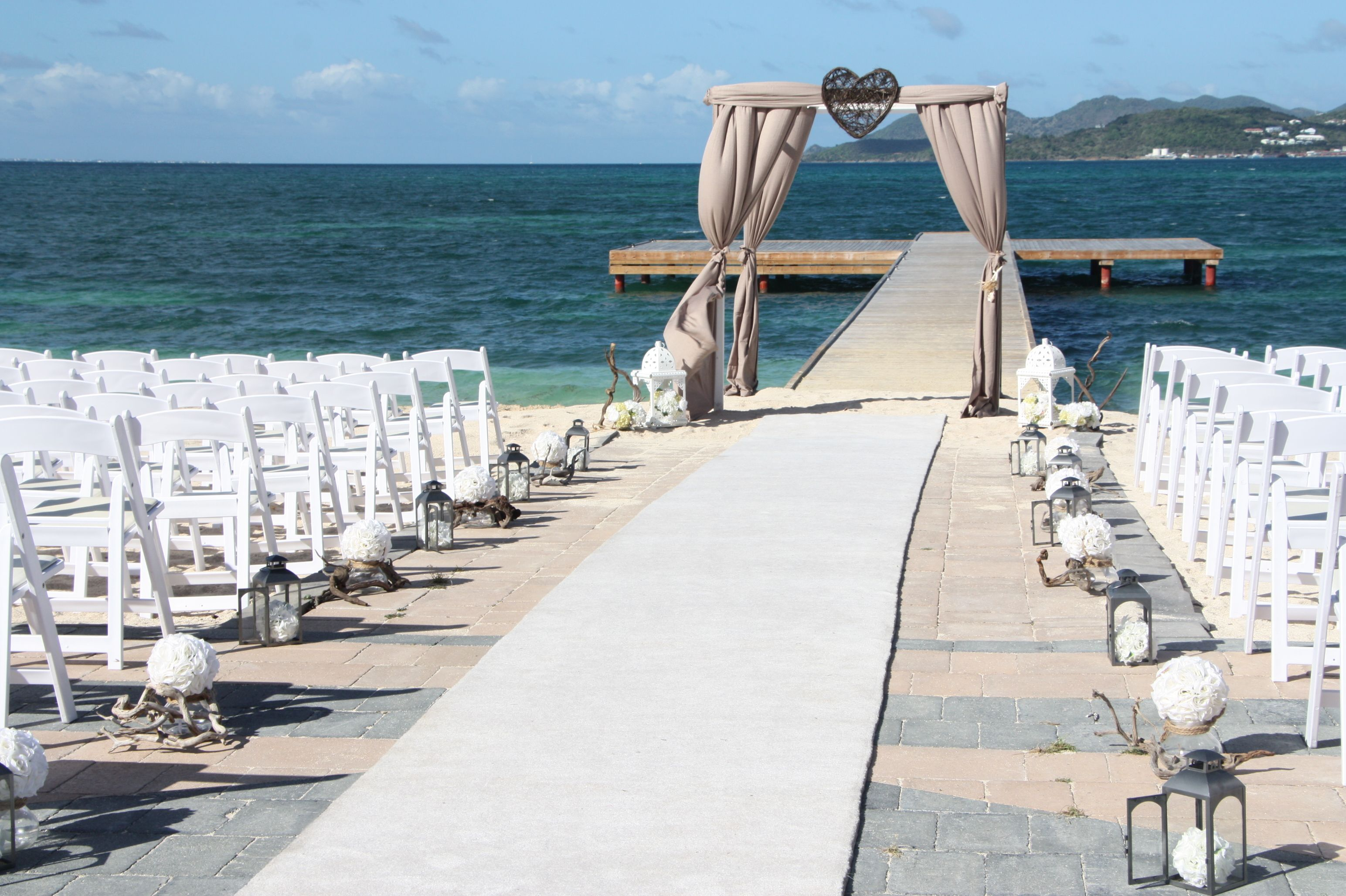 Define your aisle with our white carpet runner!