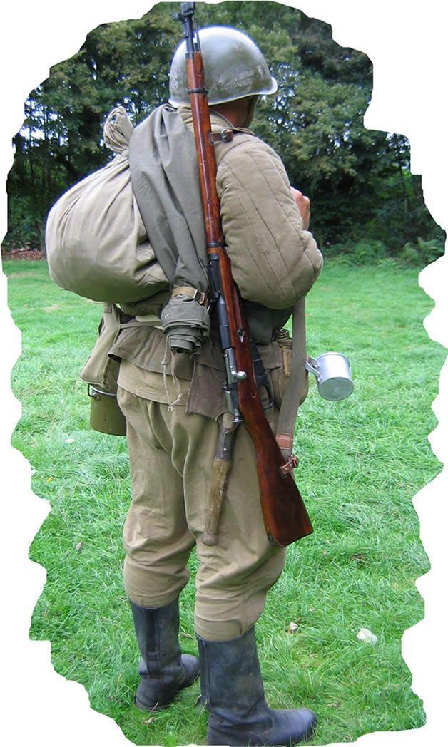 Soviet Infantry NCO wearing telogrieka jacket | military uniforms