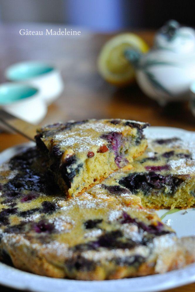 Gâteau Madeleine aux myrtilles amandes et chocolat blanc