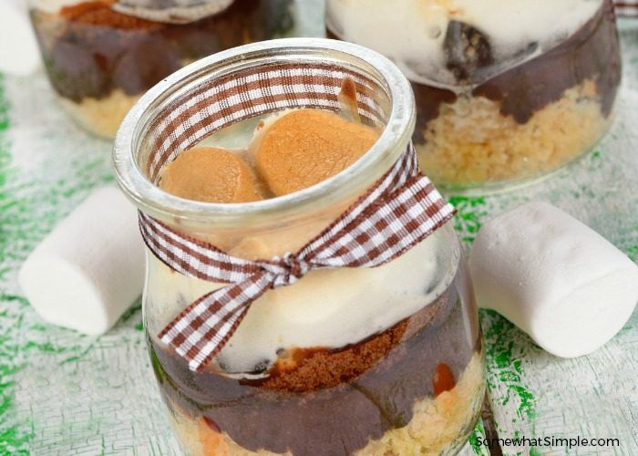 S'mores in a Jar – A Simple Summertime Recipe
