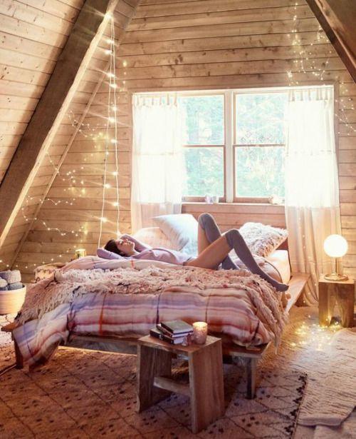 Gravityhome Cozy Attic Bedroom Shop The Look Duvet