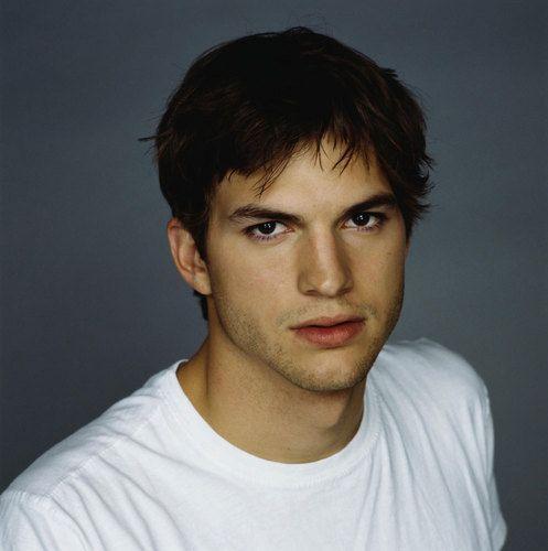 Ashton Kutcher Photo: Ashton