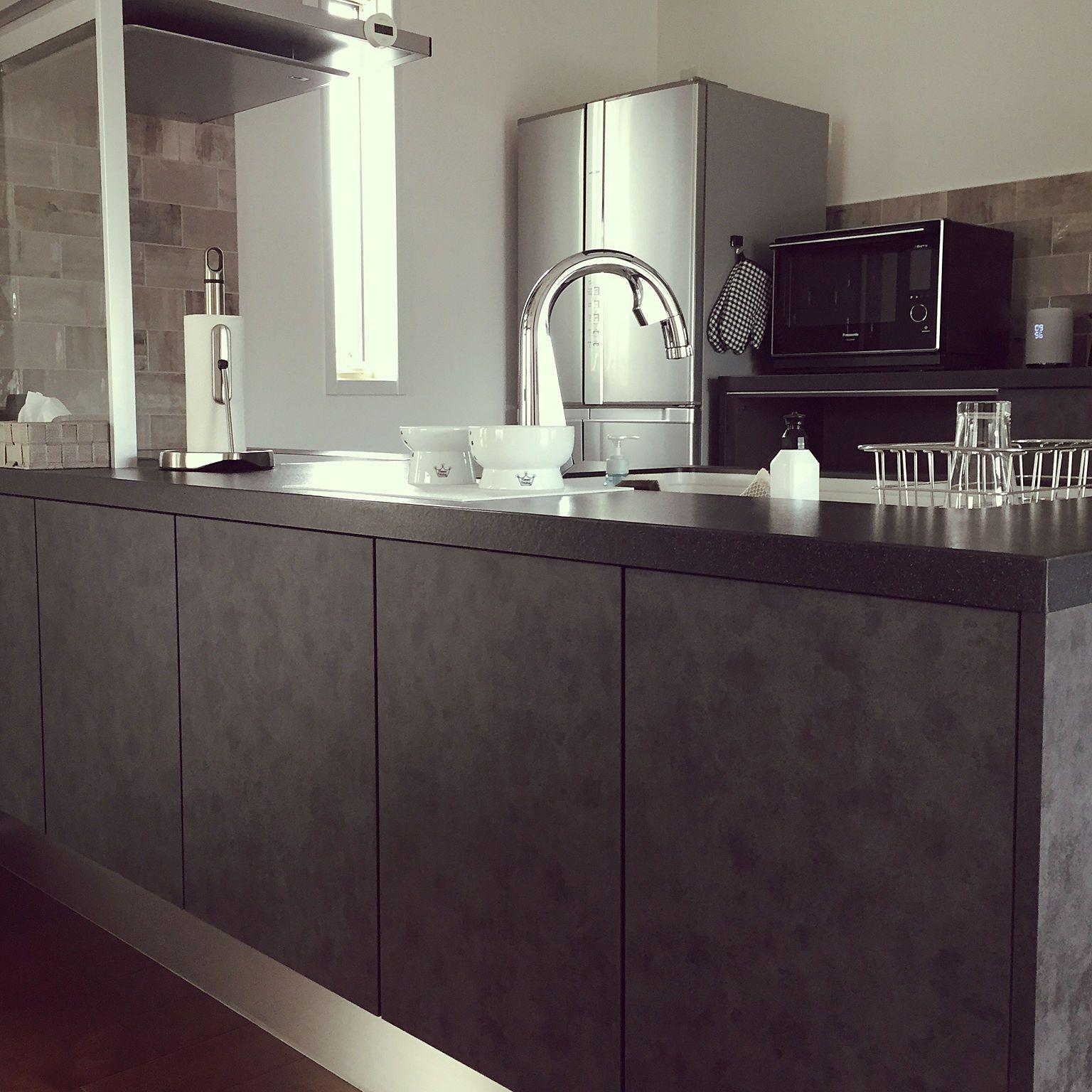 キッチン モノトーン Lクラスキッチン パナソニックのインテリア実例 2018 10 31 10 04 19 Roomclip ルームクリップ リビング キッチン 黒いキッチン キッチン