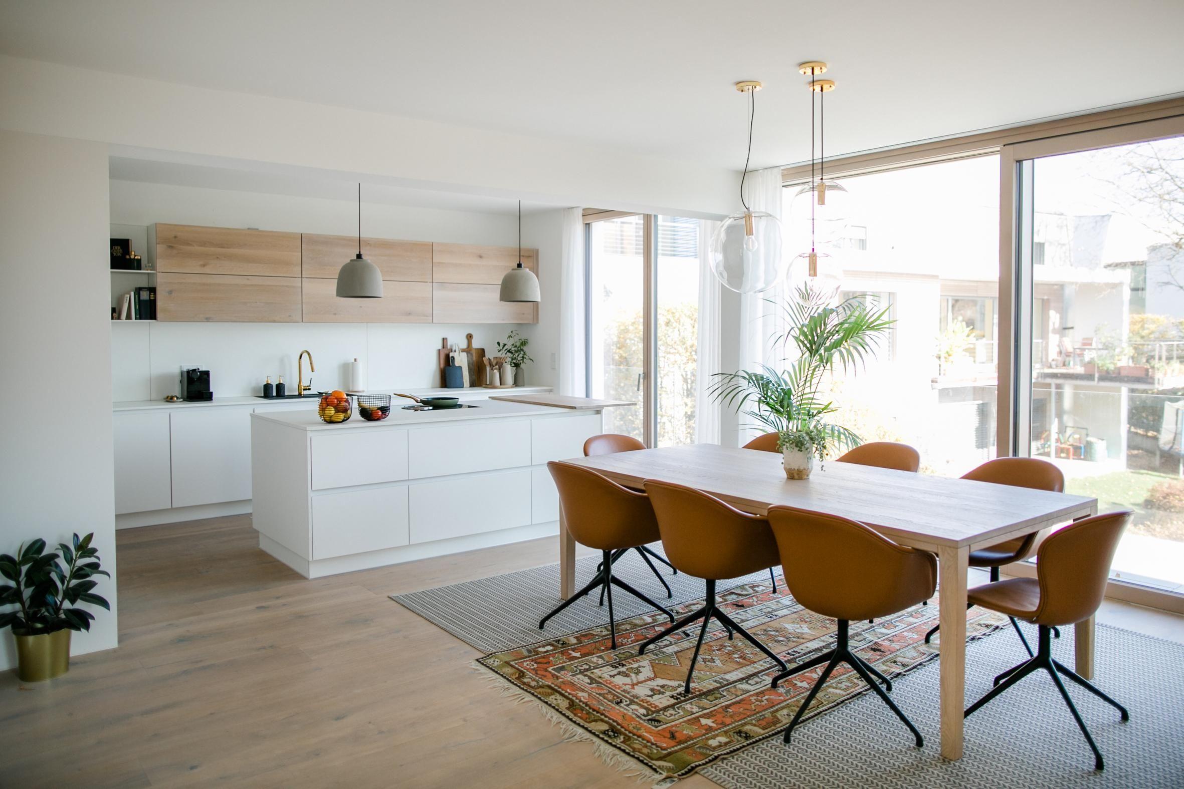 Wohn-Essbereich in 2020 | Haus küchen, Moderne weiße ...