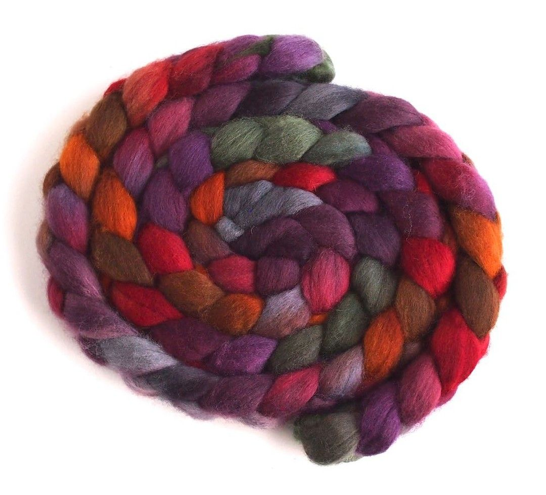 Our Spring Sale begins TONIGHT at MIDNIGHT! Falling in Love on Falkland is just one of the colorways in our Etsy shop! Use coupon code SPRINGSALE2020 at checkout to receive 15% off your order. threewatersfarm.etsy.com Link in profile!   #falklandwool #woolroving #combedtop #spinningwheel #ilovewool #woollove #spinyourownyarn #yarnspinners #springsale #handspinners #handspunhandknit #wemakeyarn #handspun #handspunyarn #handspunstagram #yarnspinnersofinstagram #yarnspinners #threewatersfarmfiber