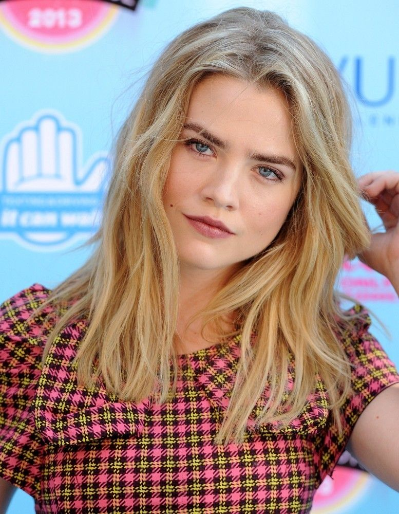 Maddie Hasson Photos Photos: Arrivals at the Teen Choice ...