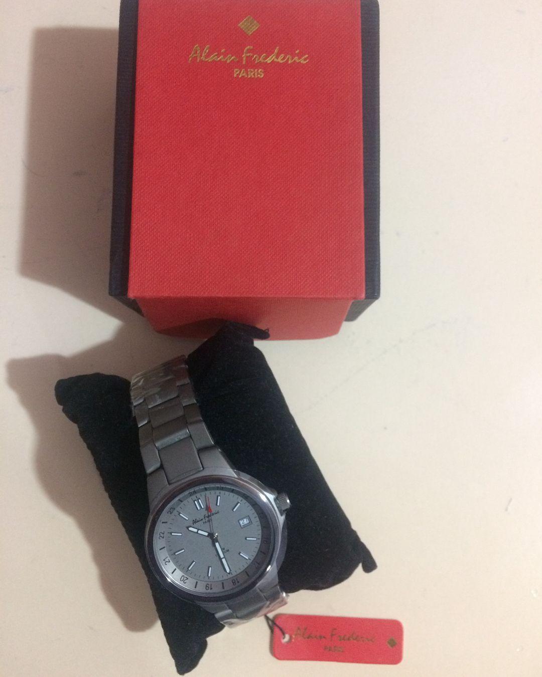 alain frederic paris titanyum erkek kol saati vintage vintagesaat vintagewatch saat saatler saatmodelleri vintagewatches paris accessories watches