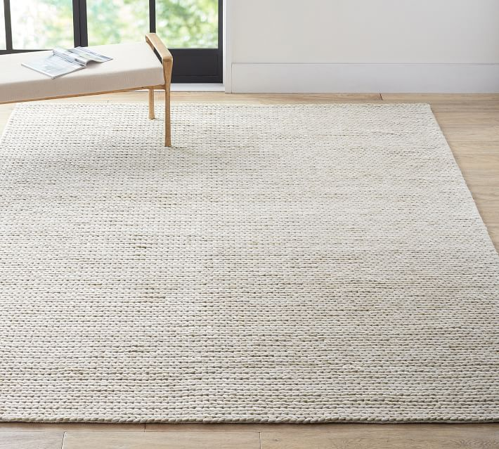 Chunky Knit Sweater Rug Heathered Oatmeal Pottery Barn In 2020 Chunky Knits Sweater Artisan Rugs Rugs