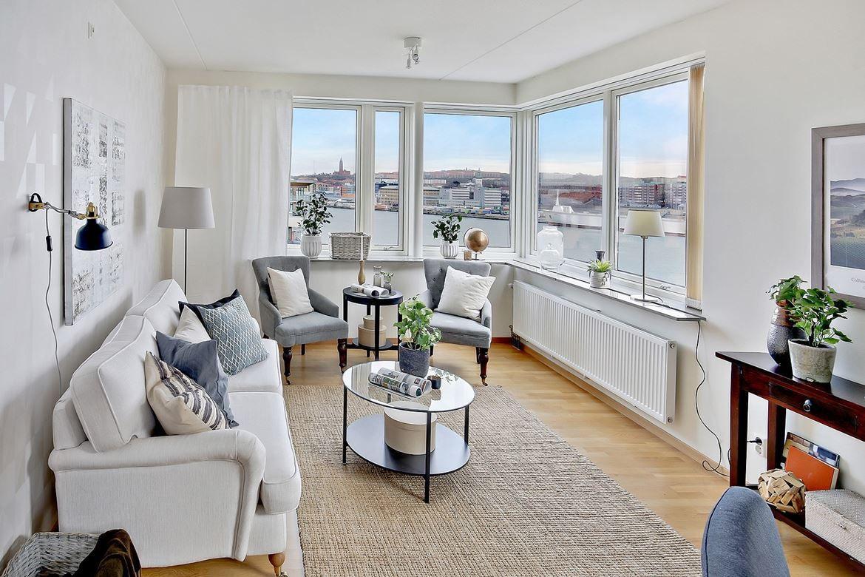 Piso en esquina con terraza | Comprar pisos, Decoracion pisos ...