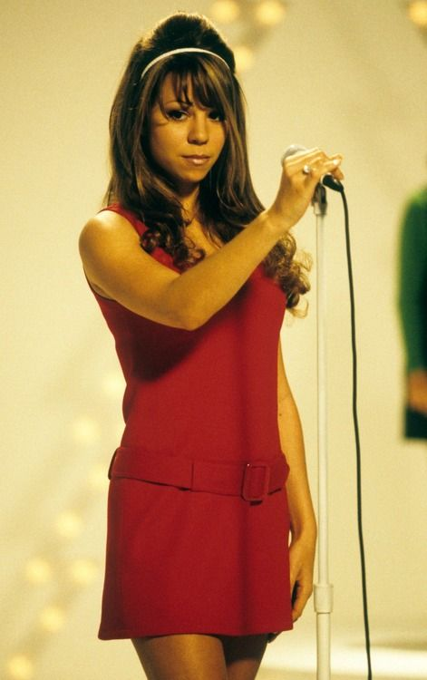 Mariah Carey Serving 60s Realness For All I Want For Christmas Is You Video Shoot Mariah Carey Mariah Carey Pictures Mariah Carey Christmas