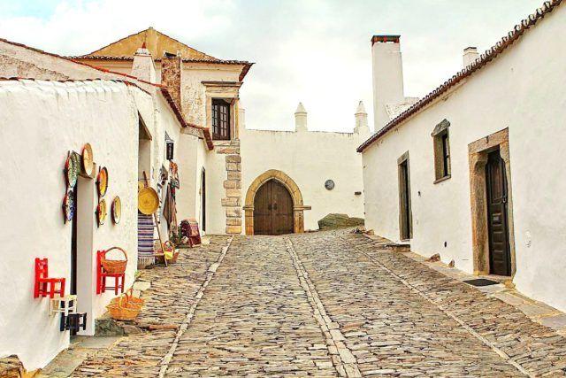 Provavelmente A Vila Mais Bonita De Portugal Monsaraz Portugal