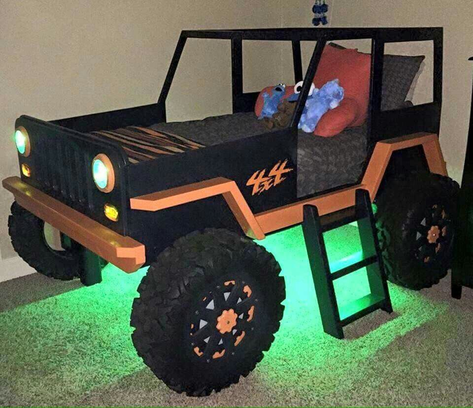 Jeep bed uriahs room pinterest jeeps room and bunk bed plans - Jeep toddler bed plans ...
