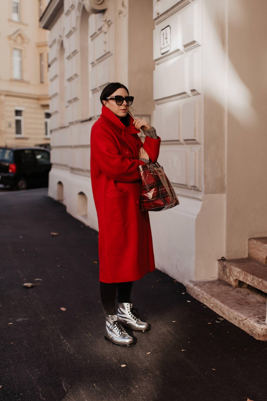 Mein Dr Martens Outfit Und Der Metallic Trend Im Winter 2018 19 In