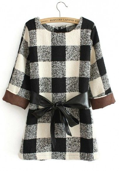 White Geometric Round Neck Above Knee Wool Dress
