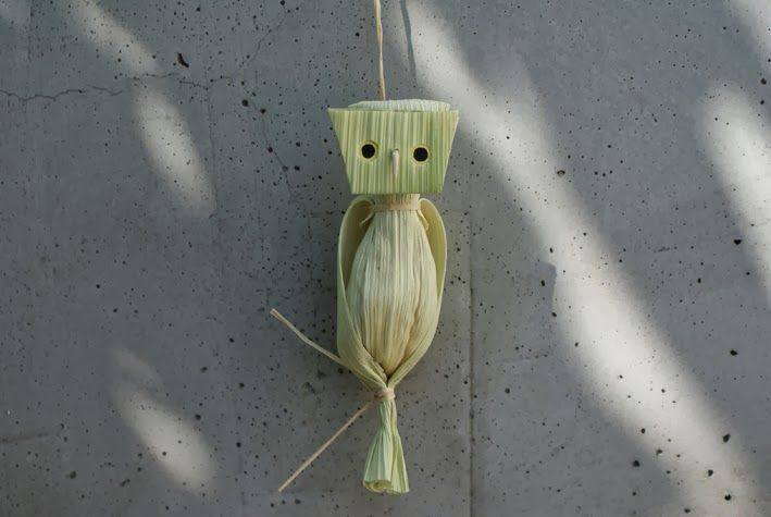 Owl - corn husk owl.  Where was this idea in the summer?