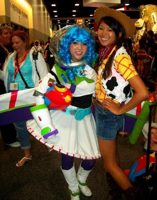 20 Couples Halloween Costumes To Try With Your Bff With Images