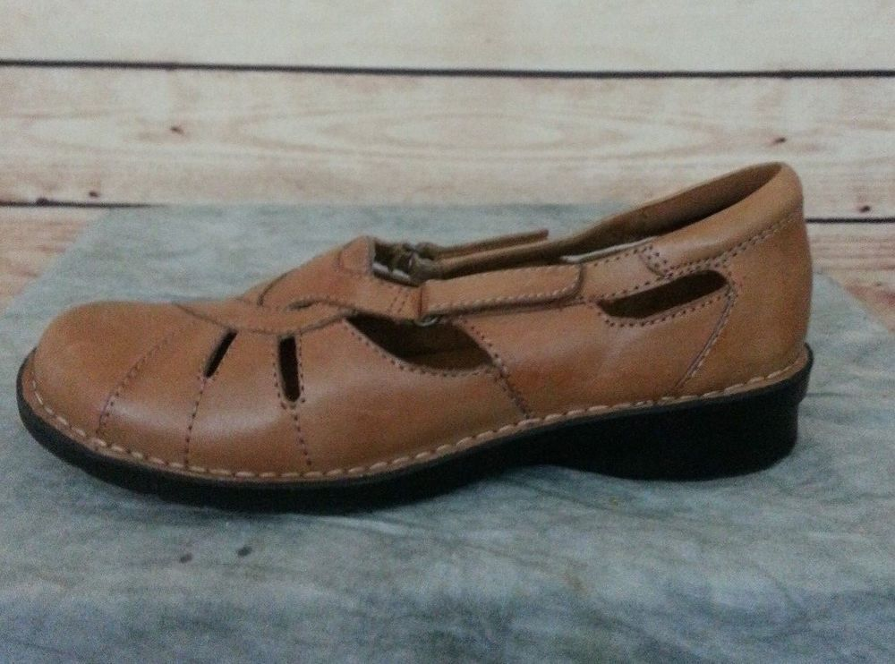 fb046a076ef9 Clarks Bendables slip on shoes low heel size 8 M leather upper brown 39337   Clarks  LoafersMoccasins  Casual