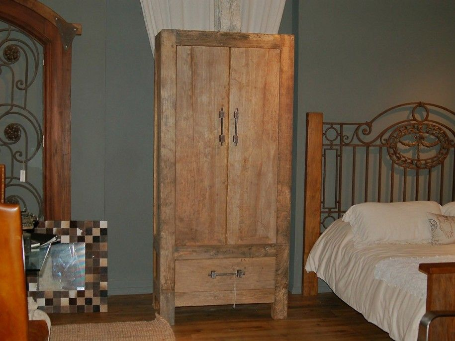 Best rustic wooden wardrobe plans for natural house look rustic bedroom interior furniture for Wooden wardrobe designs for bedroom