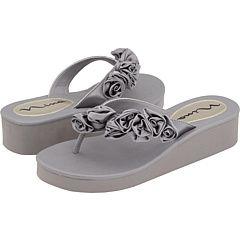 Cumphy Wedding Shoes for Alisha  Nina Hilaria on Zappos