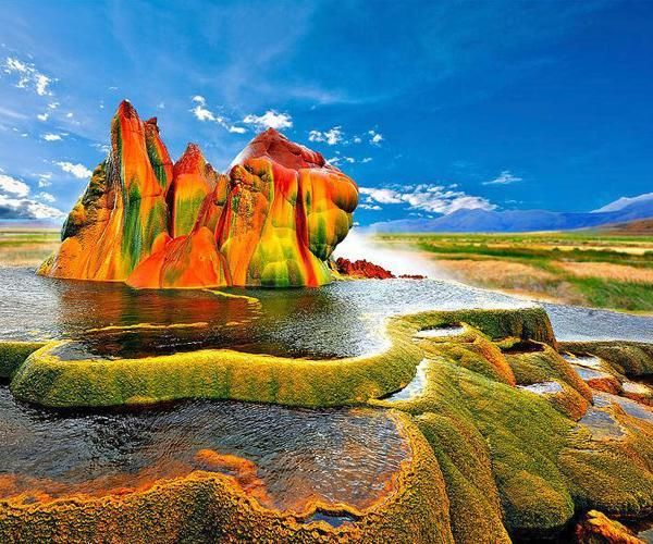 25 of the Most Colorful Places on Earth - Grand Prismatic Spring - Wyoming | Guff