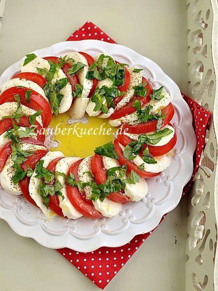 Caprese Salat Mit Tomate Und Mozzarella Tomaten Mozzarella Salat Caprese Salat Mozzarella Salat