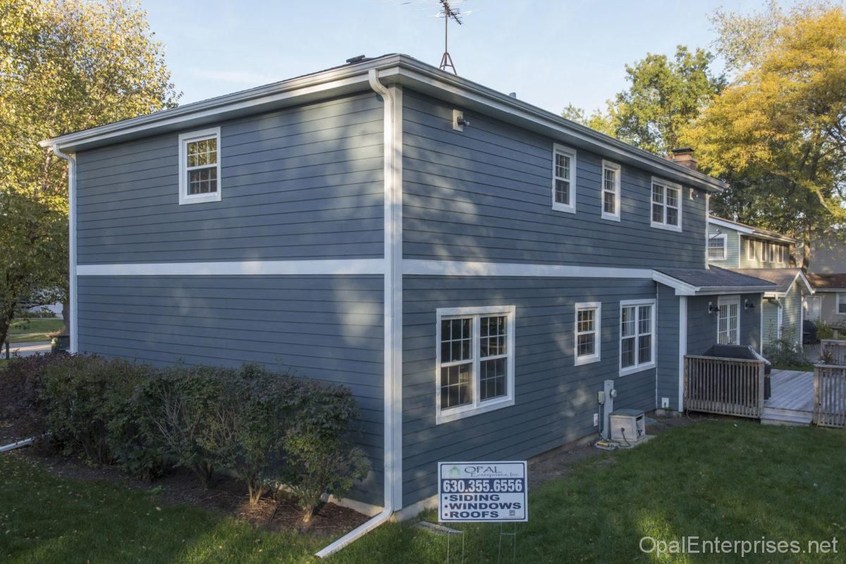 Siding Replacement In Naperville Il With James Hardie Evening Blue House Exterior Exterior House Renovation Hardie Siding