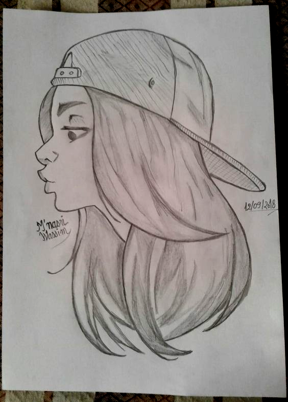 Sweet Girl In 2020 Girl Drawing Sketches Easy Drawings Sketches