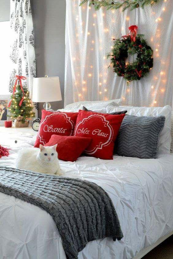 romantic christmas bedroom love this