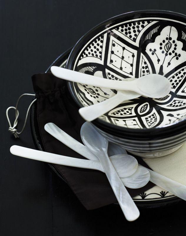 Nougat: Kattaus - Marokkolainen kulho 17cm musta