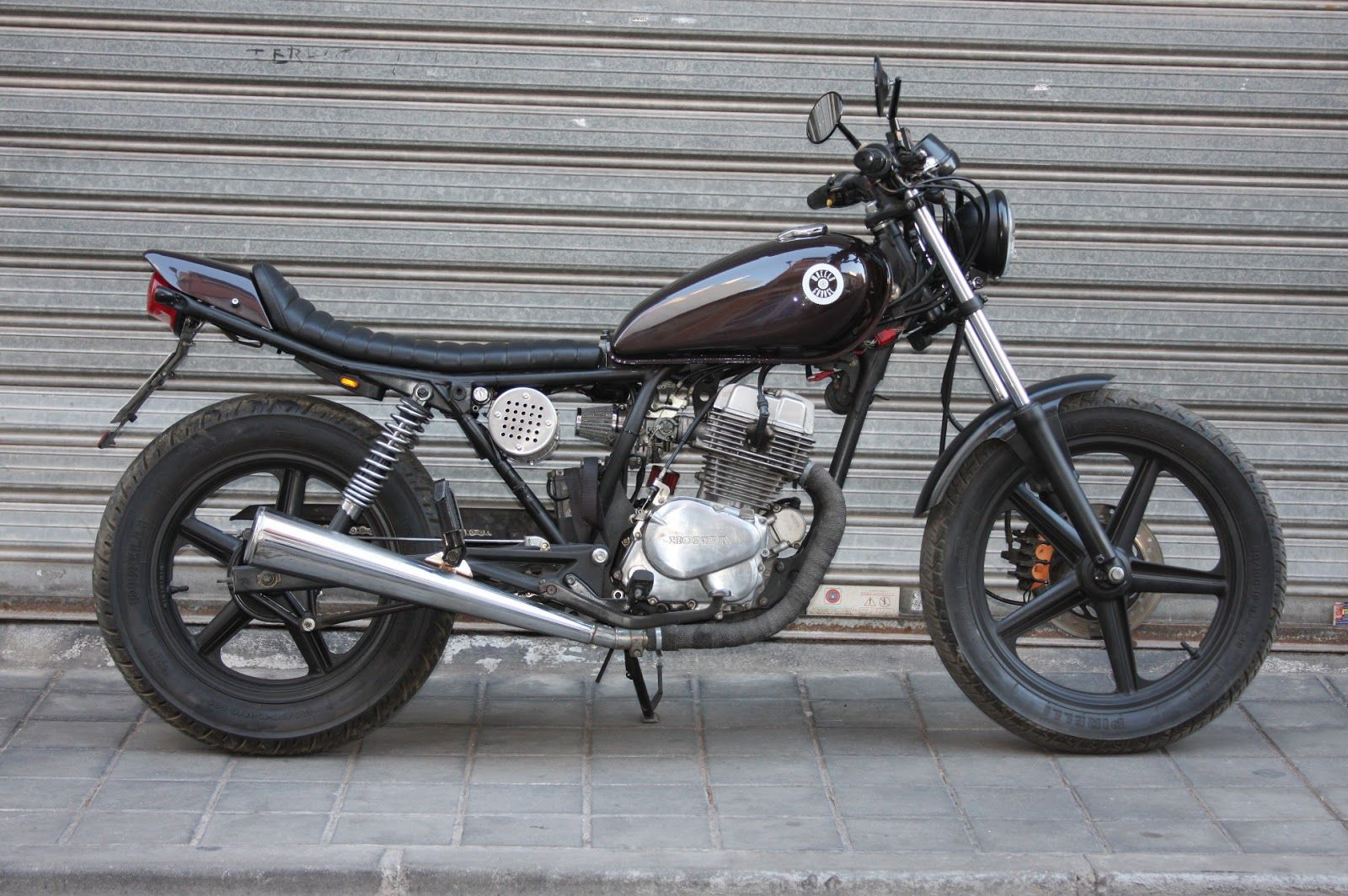 Honda CB 250 Cheap Tracker 2 1600x1064