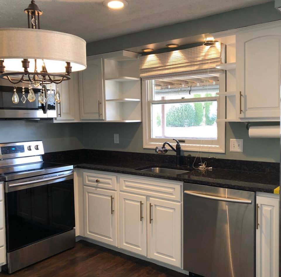 Favorite White Kitchen Cabinet Paint Colors In 2020 Painted Kitchen Cabinets Colors Painting Kitchen Cabinets Kitchen Color Ideas White Cabinets