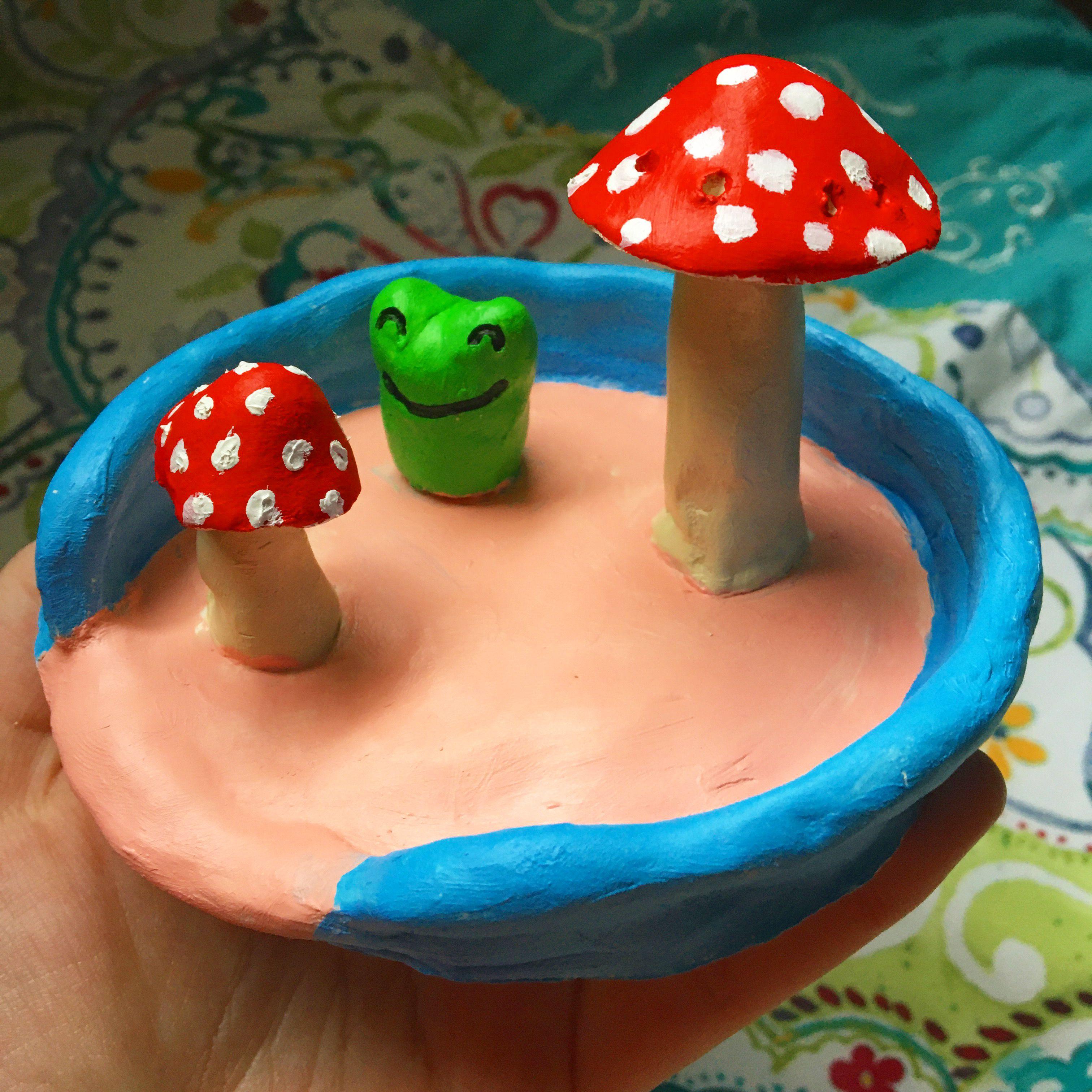 frog and mushroom clay jewelry tray