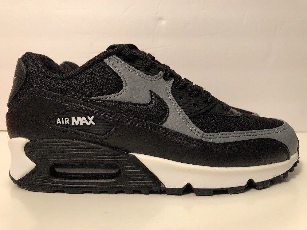 the best attitude 5fcf2 ca724 Nike Air Max 90 Womens Size 6 Running Shoes Black Cool Grey Sneakers 325213  037