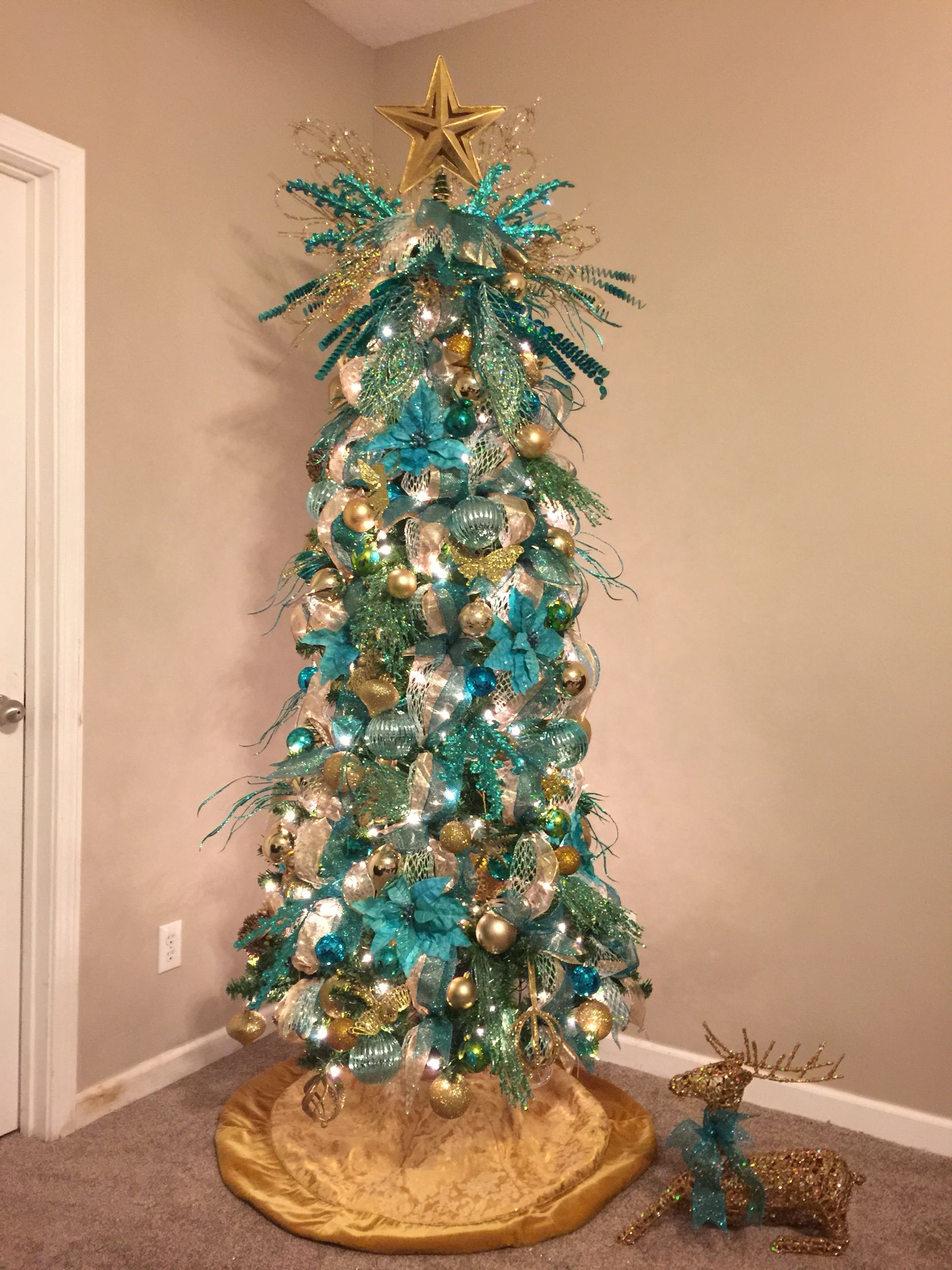 Teal And Gold Christmas Tree In My Bedroom Gold Christmas Tree Decorations Gold Christmas Tree Silver Christmas Decorations