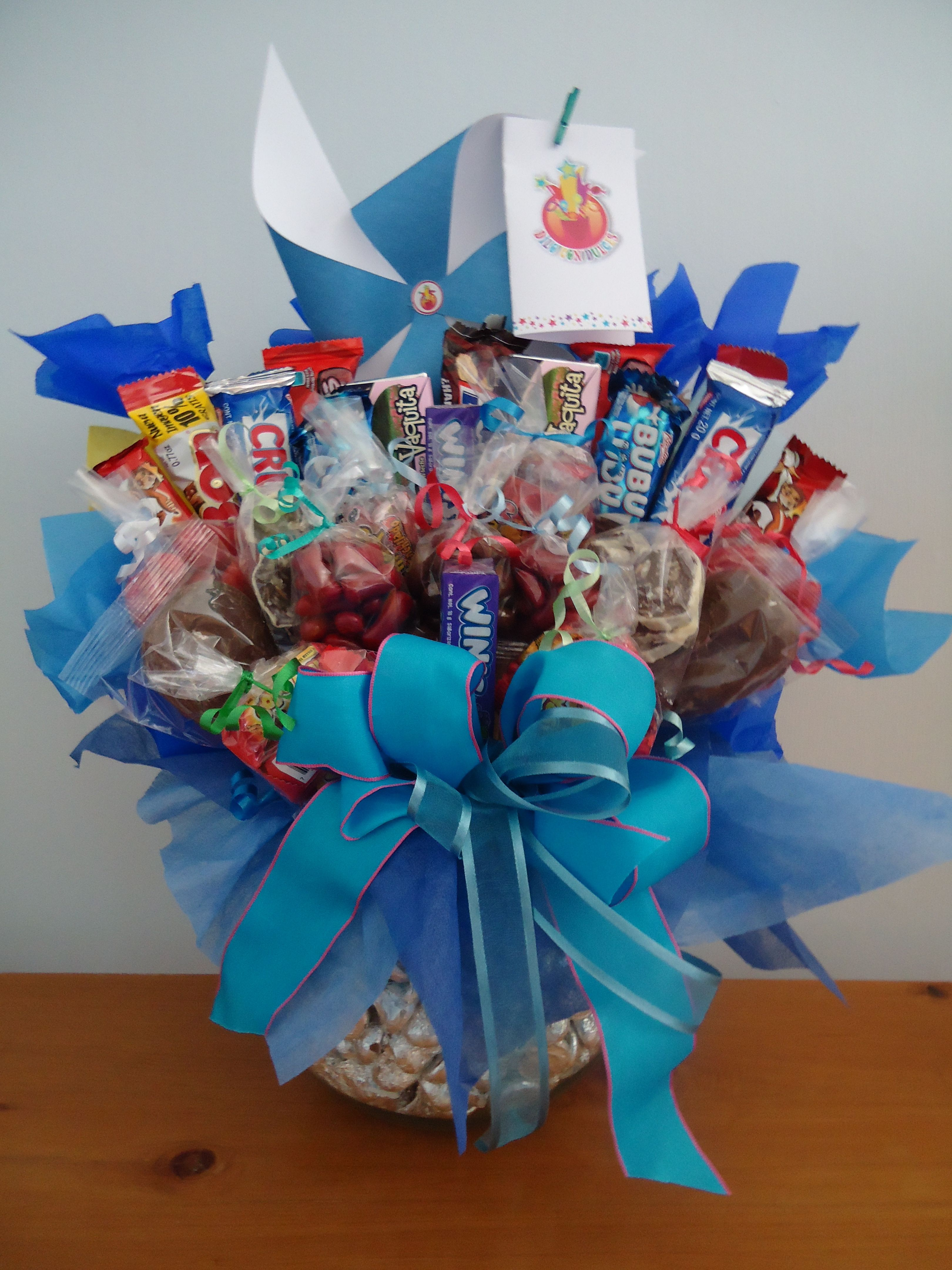 Pecera azul de kisses regalos pinterest pecera azul for Centros de mesa con peceras
