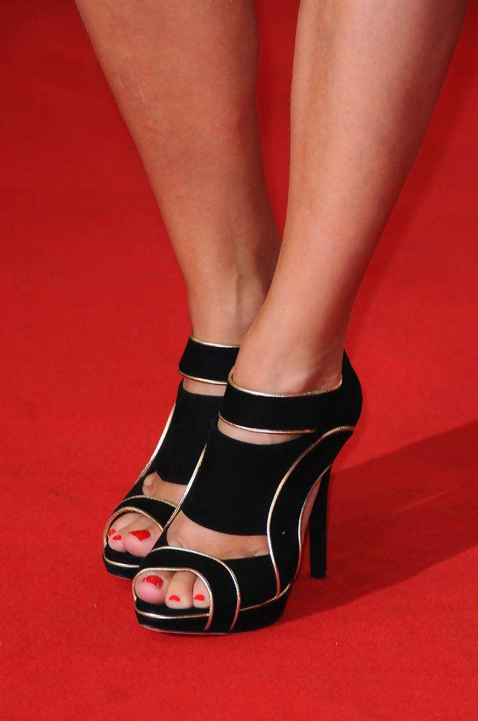 virginie efira feet