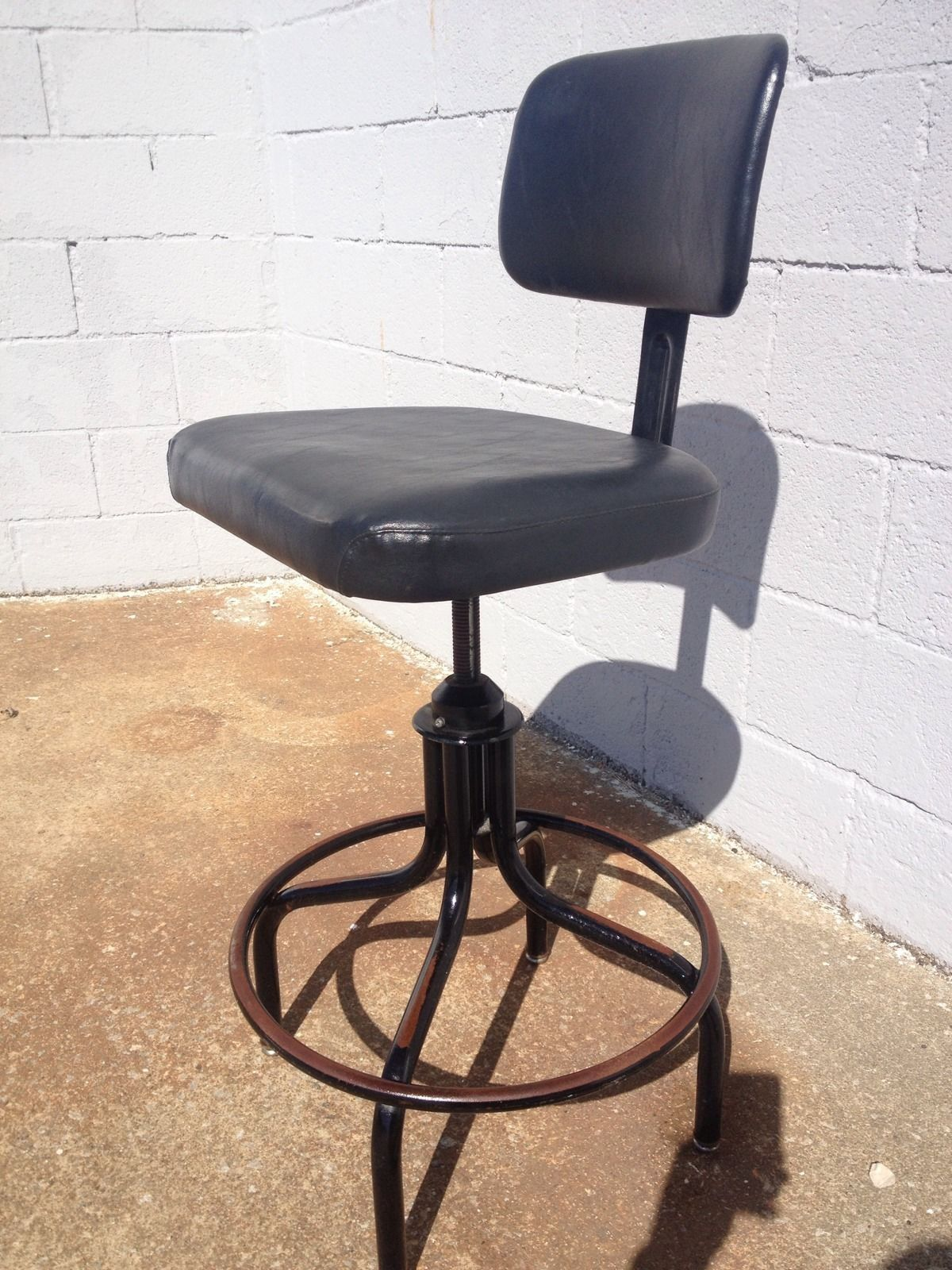 Set of 6 Vintage Industrial Steelcase Machine Age Drafting Chair