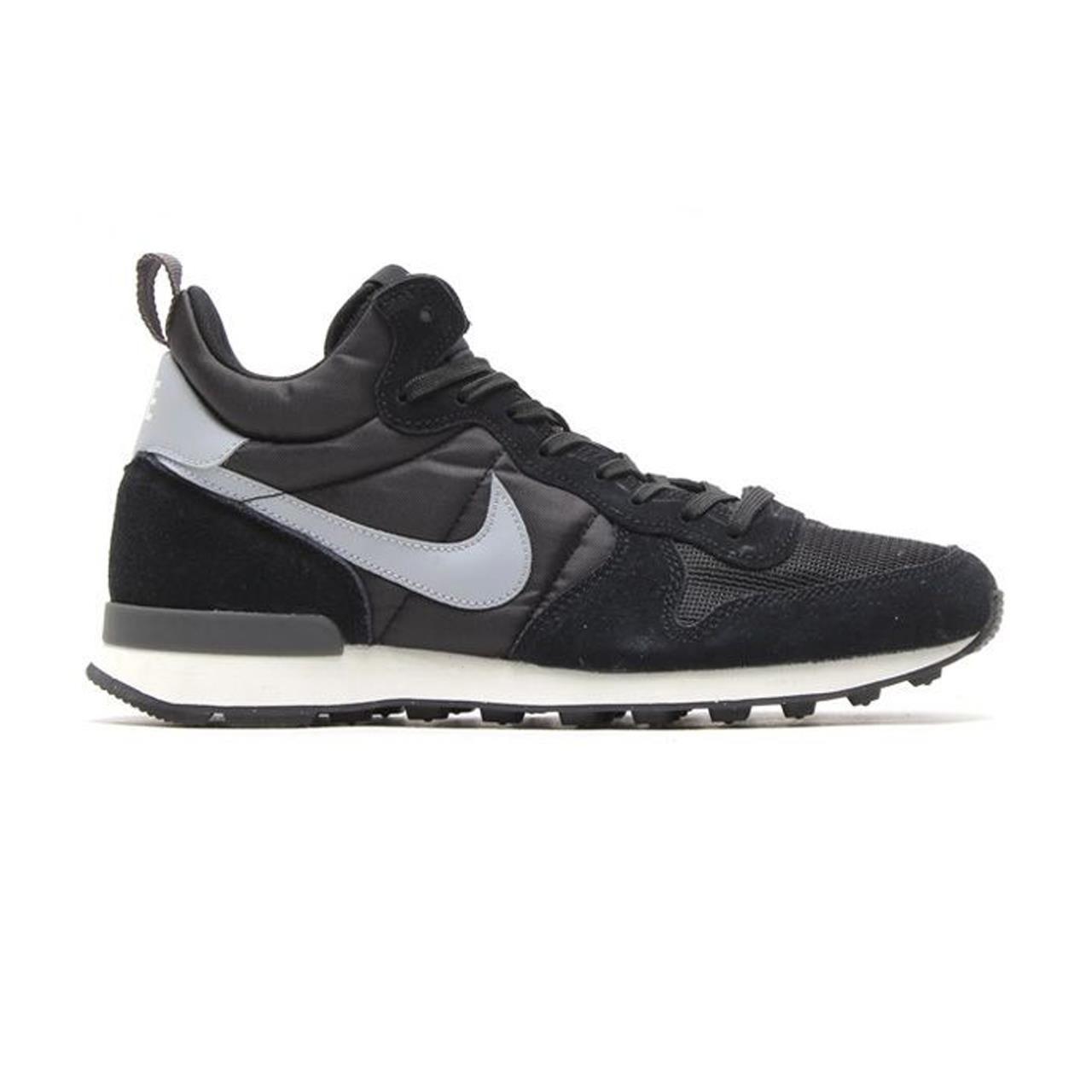 Top Nike internationalist mid sneakers (Zwart) Sneakers van het merk NIKE voor Heren . Uitgevoerd in zwart nu voor 89.99 EUR.