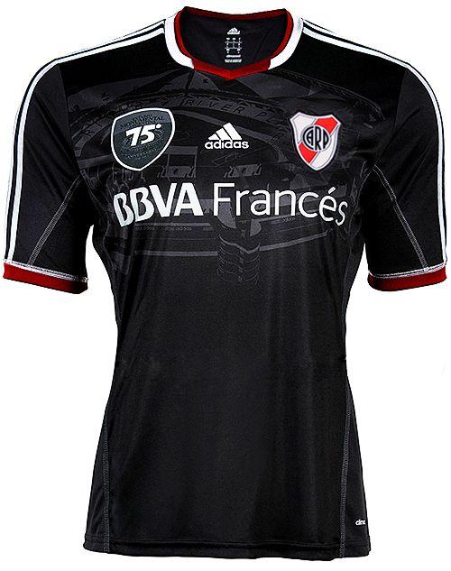 28bc1707e9ffd camiseta de river negra escudo rojo
