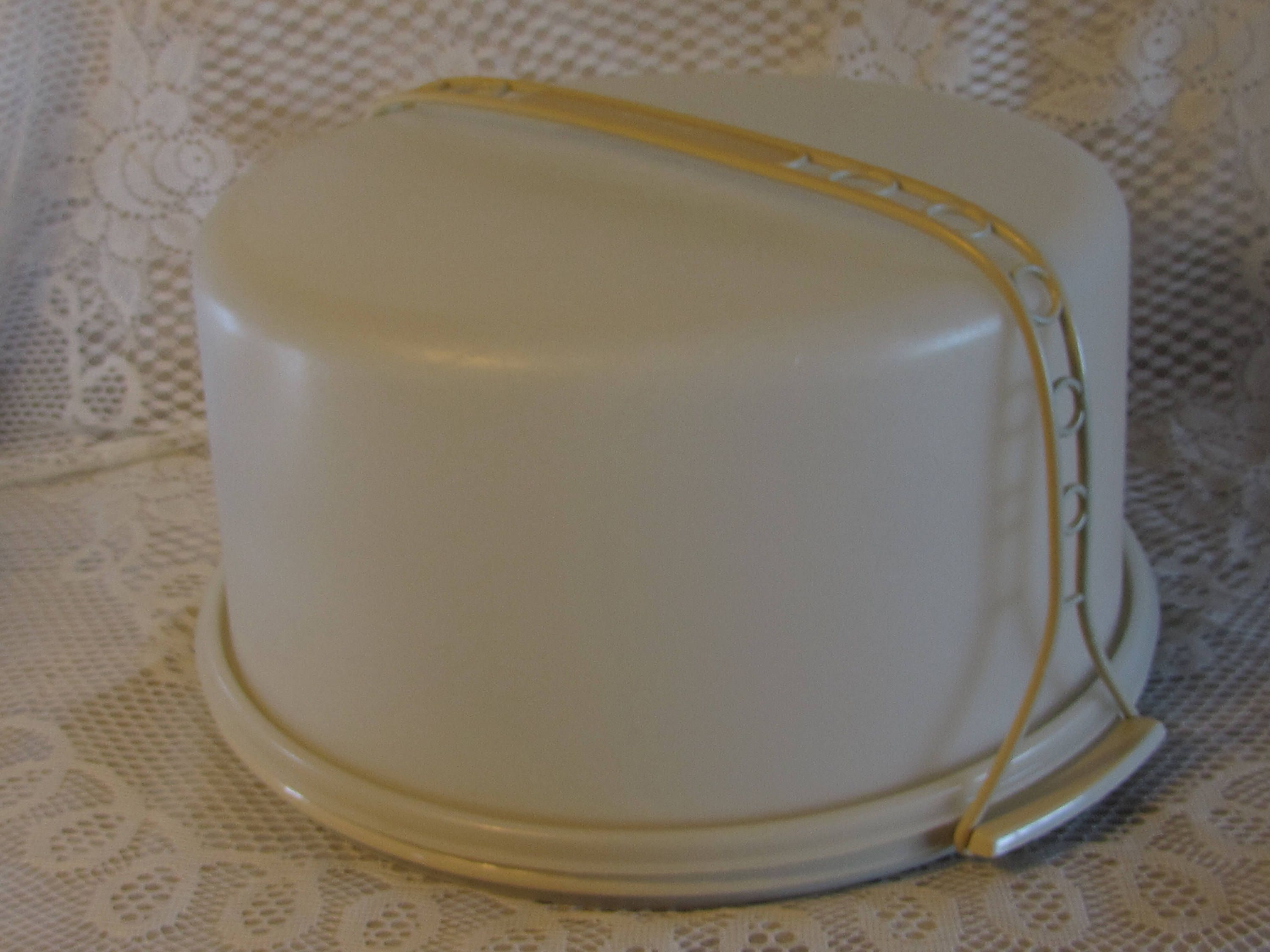 Large Tupperware Cake Taker Keeper Plastic Cake Storage Container